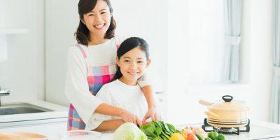 集中力や創造力を高める「親子料理」